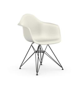 Eames Plastic Armchair Vitra
