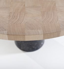 Stone dining table | Van Rossum | Smellink Wonen + Design